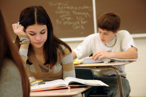 Students-2B-252812-15-2529-2Bstudying-2Bin-2Bclassroom.jpg